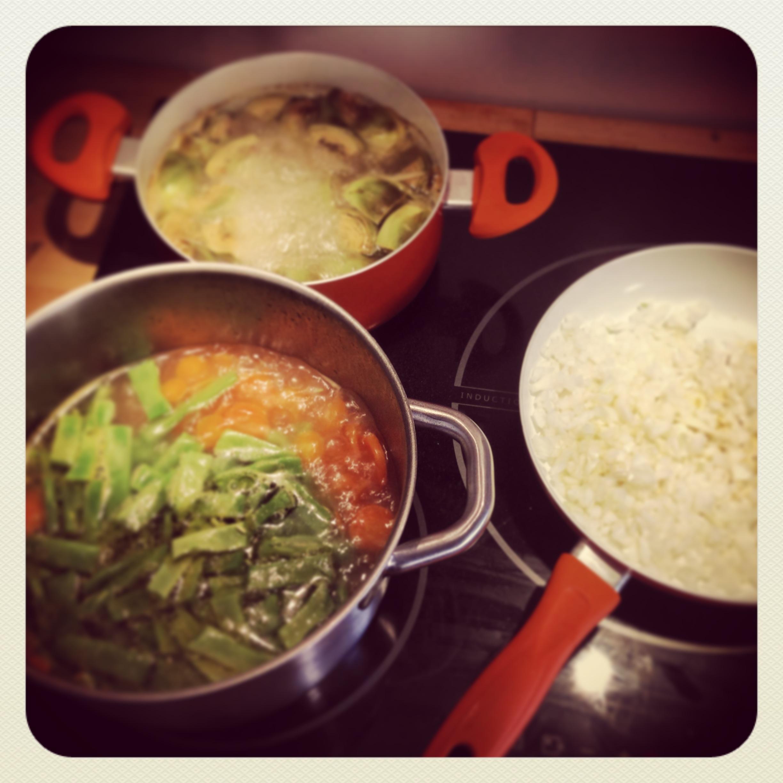 ¡Cocinando la menestra!